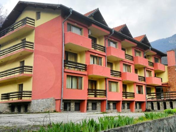 Hotel_Narachenski_Springs_007