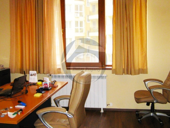 Office_Building_Krasno_selo_004
