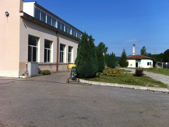 Furniture factory in the village of Mitrovtsi, Bulgaria (3)